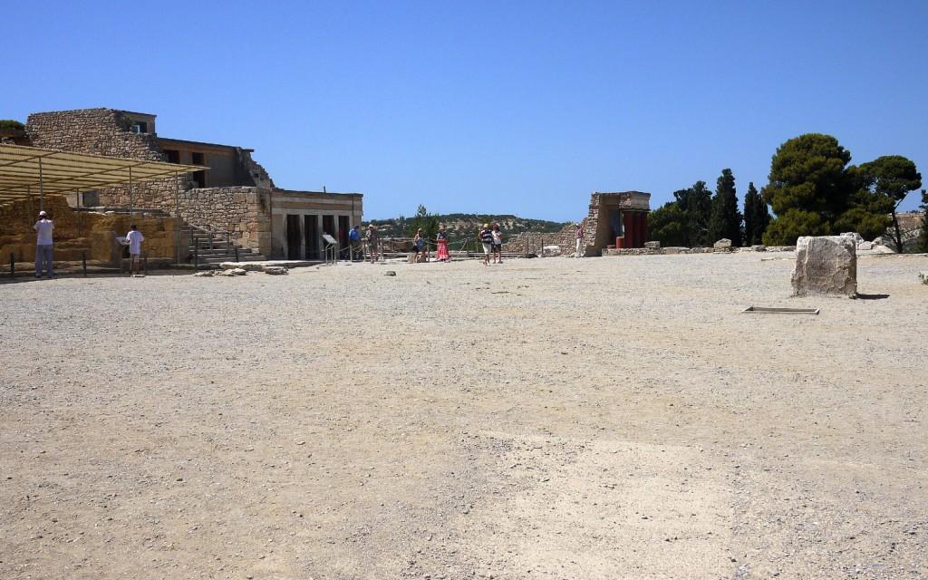 Knossos courtyard