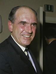Andreas_Papandreou_(1968)_2