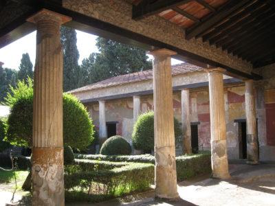 Pompeii: peristyle courtyard of house of Marine Venus