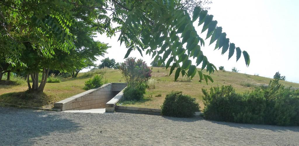Vergina: burial place of kings of Macedonia