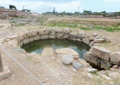 Zakro cistern P1010036